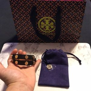 TORY BURCH DOUBLE WRAP BRACELET IN BLACK